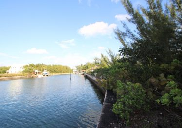 Lot 8 Block 198 - Sheltered Canal Lot