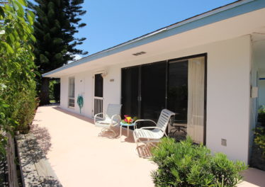 Beach Villa 672 - Spacious Patios Perfect For Entertaining Guests & Hosting Company